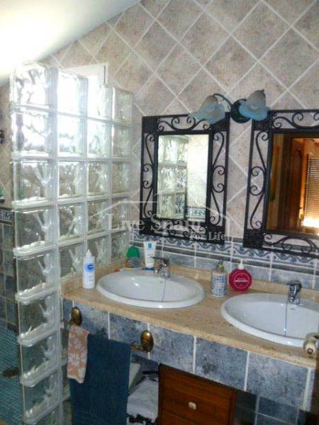 Bathroom with his n' hers sinks